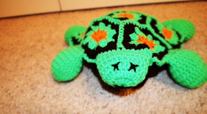 Thursday Treats – Crocheted Turtle Bag