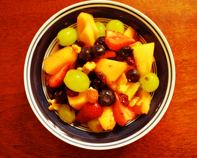 Mouthwatering Monday – Fruit n Nuts Bowl